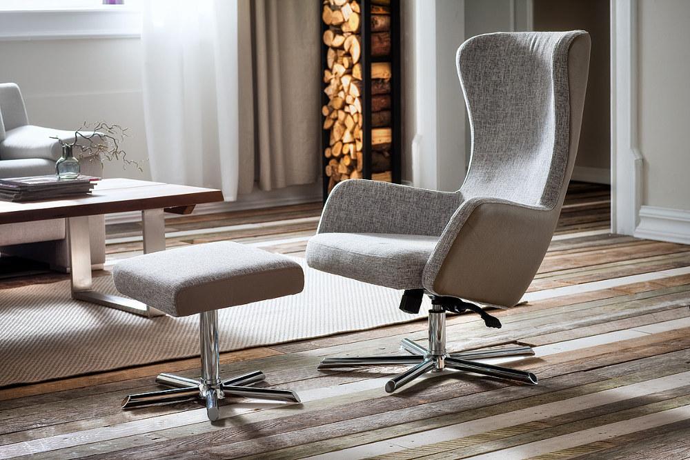 fotel relaksacyjny z podnóżkiem