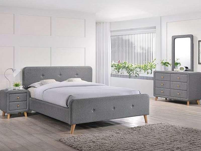 Materac dołączony do łóżka