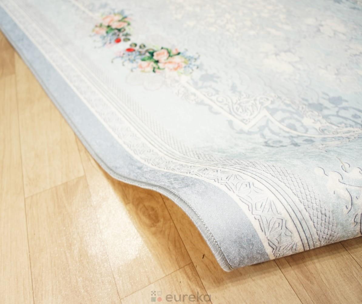 dywan do salonu biały